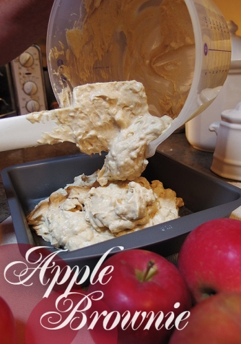 Apple brownie